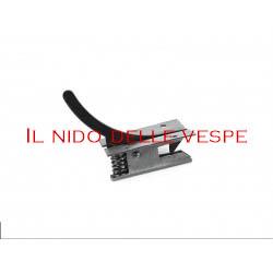 GANCIO COFANO PER VESPA V1-15T,V30-33T,U,VM1-2T,VL1.3T,VN1-2T,VB