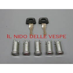 KIT SERRATURE PER VESPA PK 50 S,PK125, PK 125 ETS, PK XL